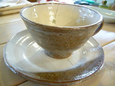 クローバーのカップ&ソーサー(信楽焼)